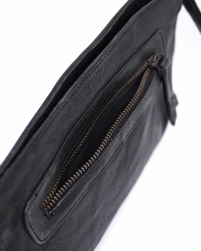 CHANDA〔チャンダ〕ラウンドスタッズ  CLUTCH BAG