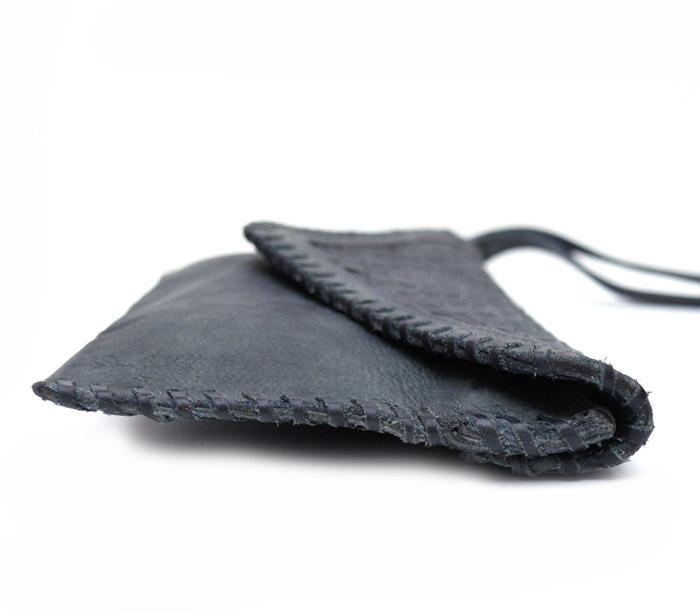 CHANDA〔チャンダ〕 WOVEN  CLUTCH BAG / チャコール