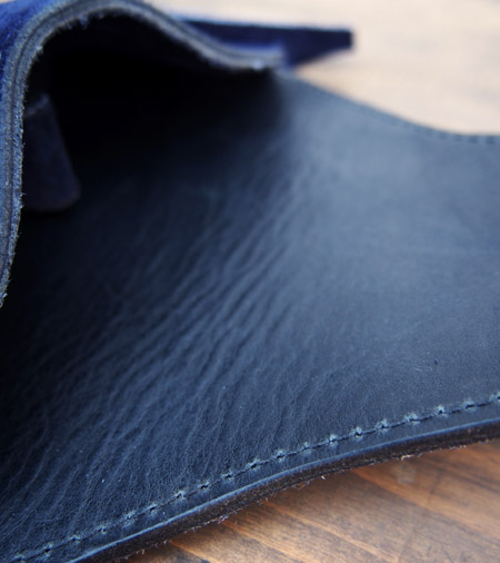 HTC 〔エイチティーシー〕 サングラスケース 別注 Suede on Turquoise Concho / Navy