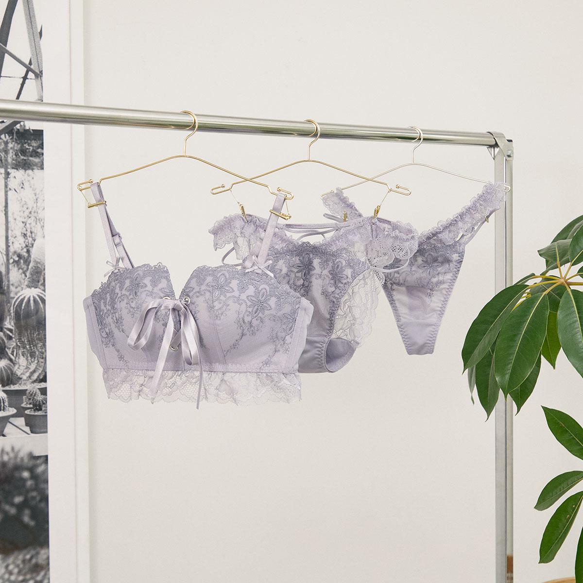 フェミニンレースアップブラ&ショーツ、Tバック (Feminine Lace Up Bra&Shorts、T-back)