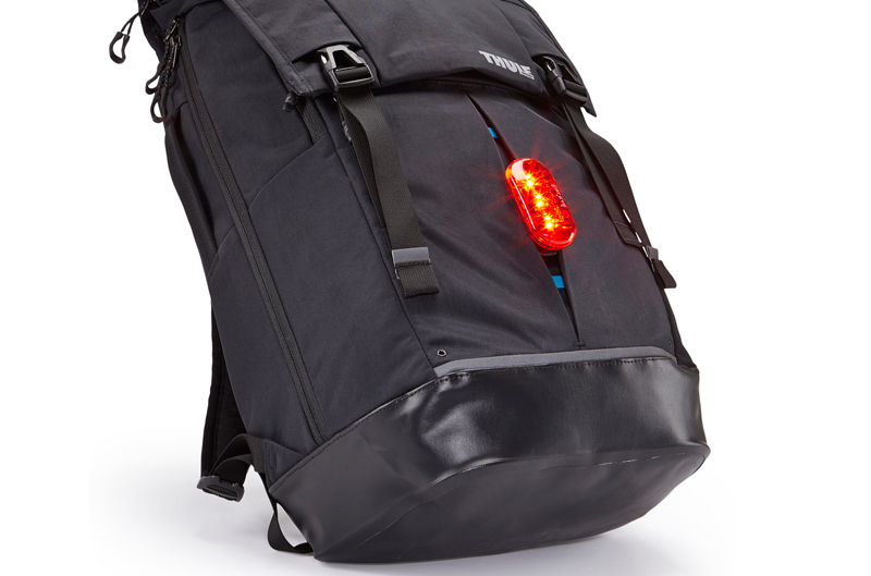 Thule バックパック Paramount 29L Backpack グレー 29リットル リュックサック|TFDP-115SG /3203621