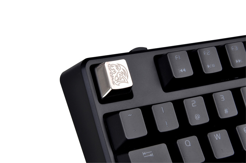 Thermaltake Tt eSPORTS METALCAPS 5 keys QWER+ESC メタルキーキャップ (EA-MTC-AKCSIL-QW)