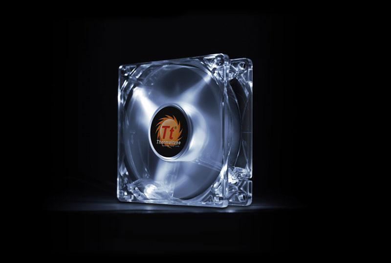 Thermaltake 低ノイズ、長寿命設計の冷却ファン 8cm Pure 8 LED White (CL-F031-PL08WT-A)