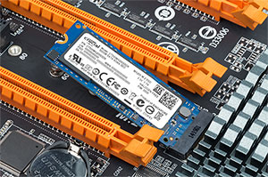 Crucial MX200 M.2 Type 2260DS 500GB (CT500MX200SSD6)