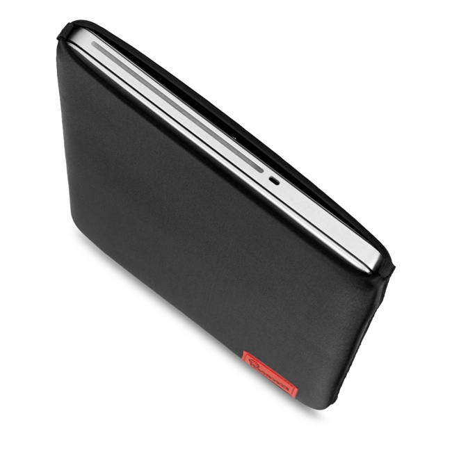 Crumpler FUG MackBook Retina 15インチ スリーブケース ブラック (FUG000-B00150)