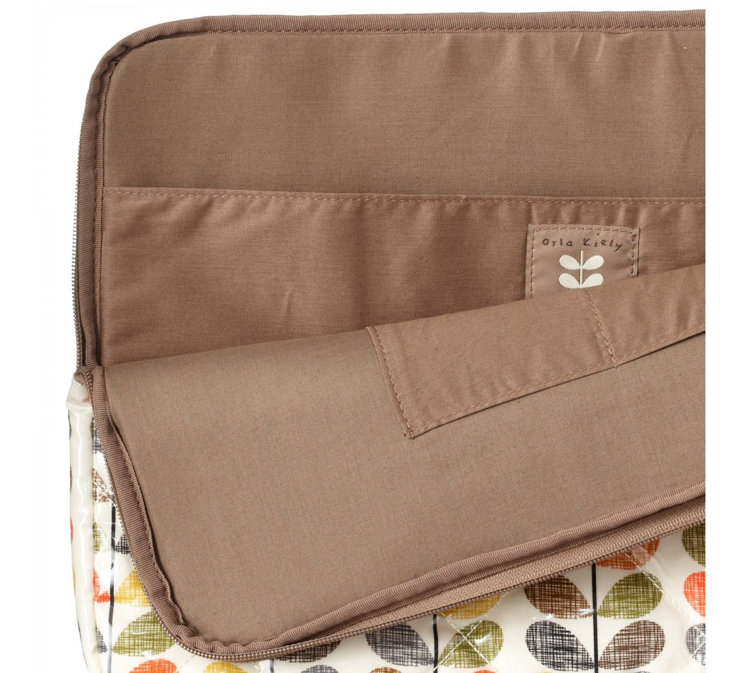 Orla Kiely Quilted Multi Scribble Stem MacbookPro 15インチ スリーブケース (00XP/MSQ068)