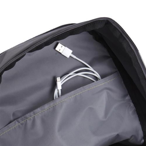 【アウトレット特価・新品】Case Logic JAUNT バックパック 23リットル 15.6インチノートパソコン収納可能 ANTHRACITE(グレー)|WMBP-115ANT