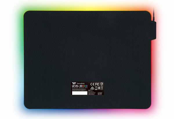 Thermaltake LEVEL 20 RGB Hard Mousepad サイズ370×290×4mmゲーミングマウスパッド GMP-LVT-RGBHMS-01