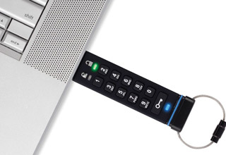 Apricorn Aegis Secure Key 暗号化セキュリティに特化したUSBメモリ 32GB (ASK-256-32GB)