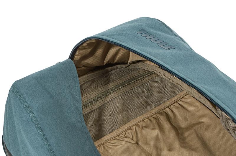 Thule Vea 21L Backpack 21リットル DEEP TEAL グリーン バックパック/リュック|TVIH-116DET