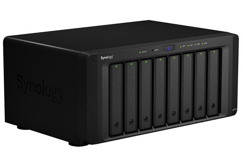 Synology DiskStation DS1815+ クアッドコアCPU搭載高機能8ベイNASサーバー (DS1815+)