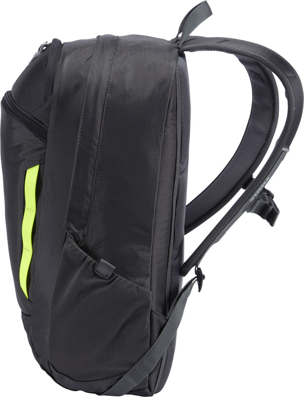 Thule EnRoute Strut Daypack 15インチ MacBook ProとiPadサイズの用の収納部を備えた 19リットルデイパック Dark Shadow (TESD-115DG)