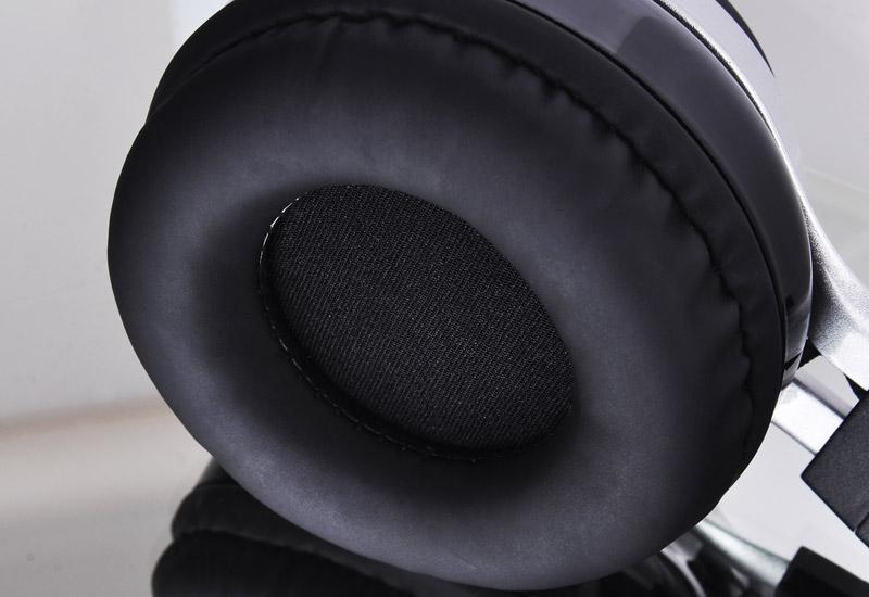 Thermaltake スピーカーを搭載したBluetoothヘッドフォン LUXA2 Lavi S (AD-HDP-PCLSBK-00)