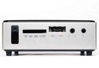 ZOTAC nano XS AD11 Plus. 手のひらサイズのベアボーン 2GBメモリ/64GB mSATA SSD搭載 (ZBOXNXS-AD11-PLUS)