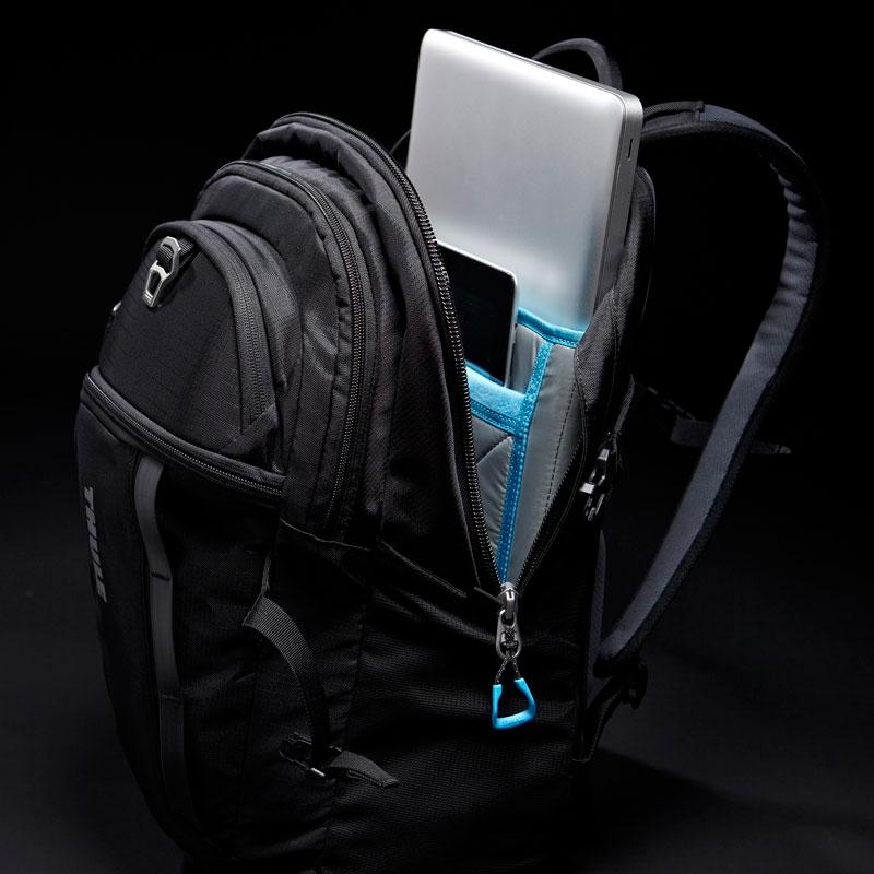 Thule EnRoute Blur Daypack Blue 23リットル デイパック リュックサック (TEBD-117BLUE)