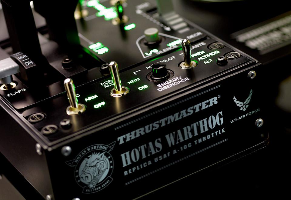 Thrustmaster HOTAS WARTHOG 日本語パッケージ(PC) 米国空軍戦闘機A-10C HOTASレプリカデザイン ジョイスティックセット|2960748