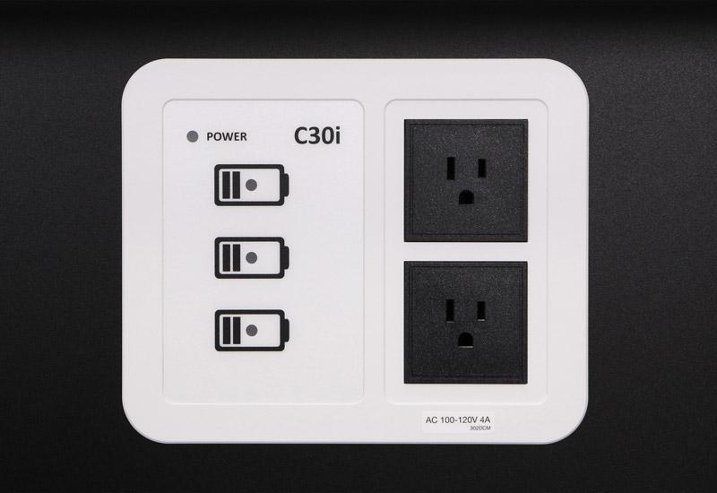 AVer Information タブレット、ノートPCを一括充電できるタブレット管理システム (C30i)
