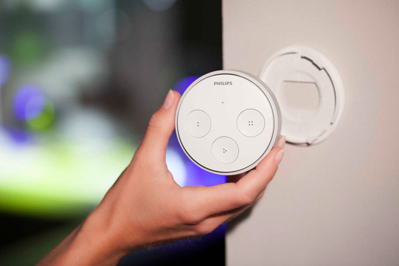 【クリアランス特価・新品】Philips アプリで明かりをカスタマイズできるスマートLED 照明 Hue Tap フィリップス ヒュータップ (929001115205)