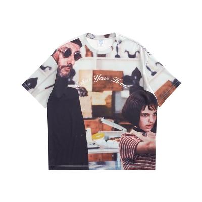 オーバーサイズグラフィックTシャツ