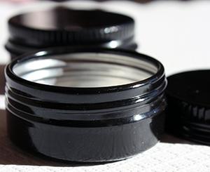 黒タムタム缶(10ml)