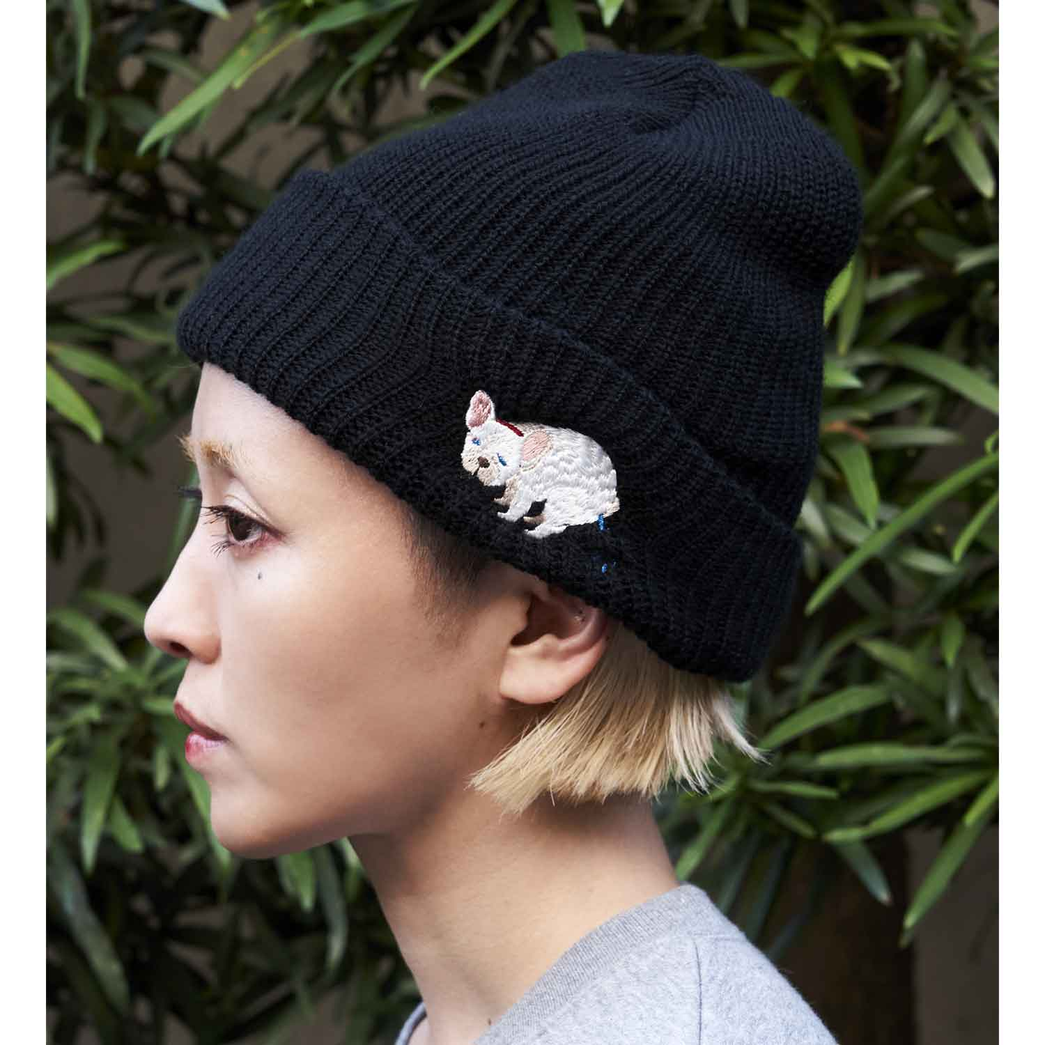 F/B POOPING KNIT CAP - CREAM
