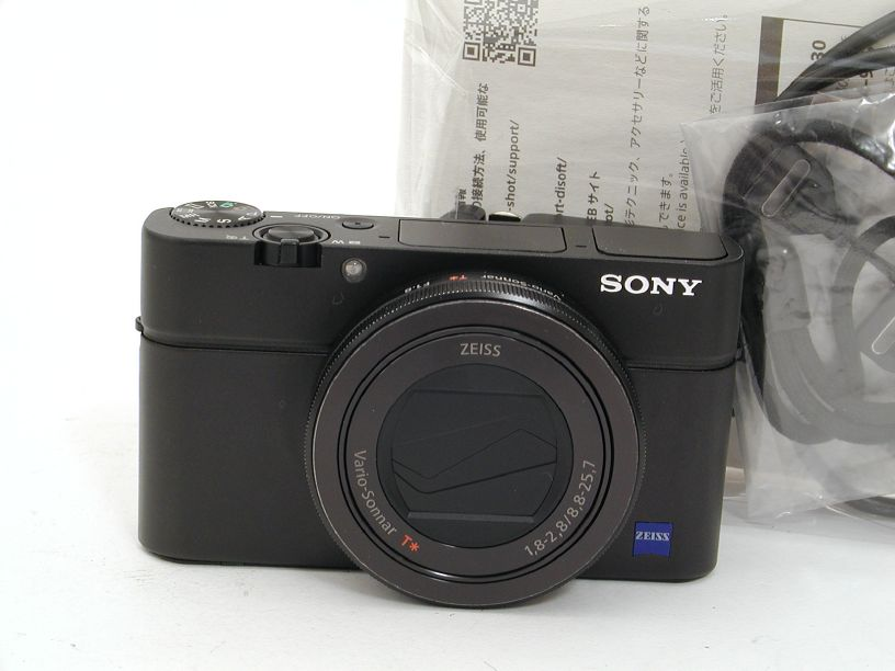 SONY RX100 III (2010万画素)