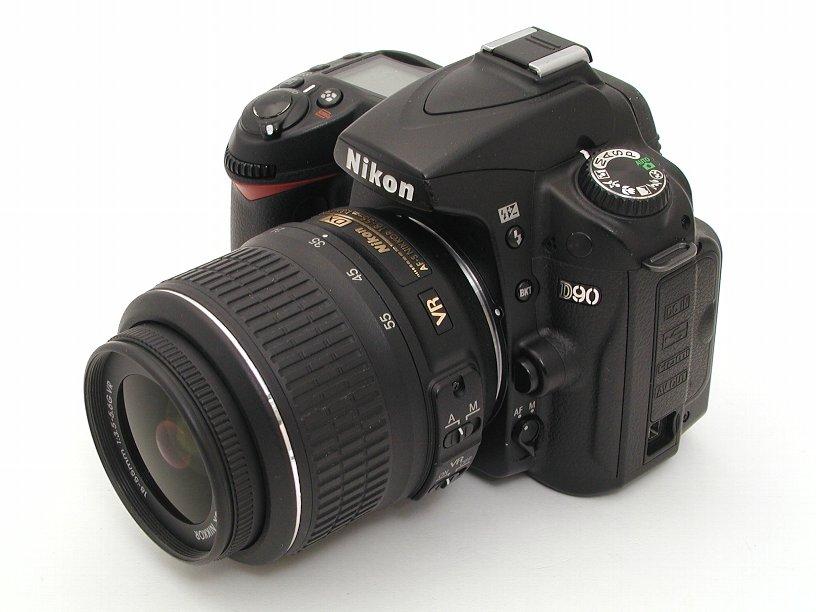 ニコン D90 (1230万画素)D90+18-55 VRセット
