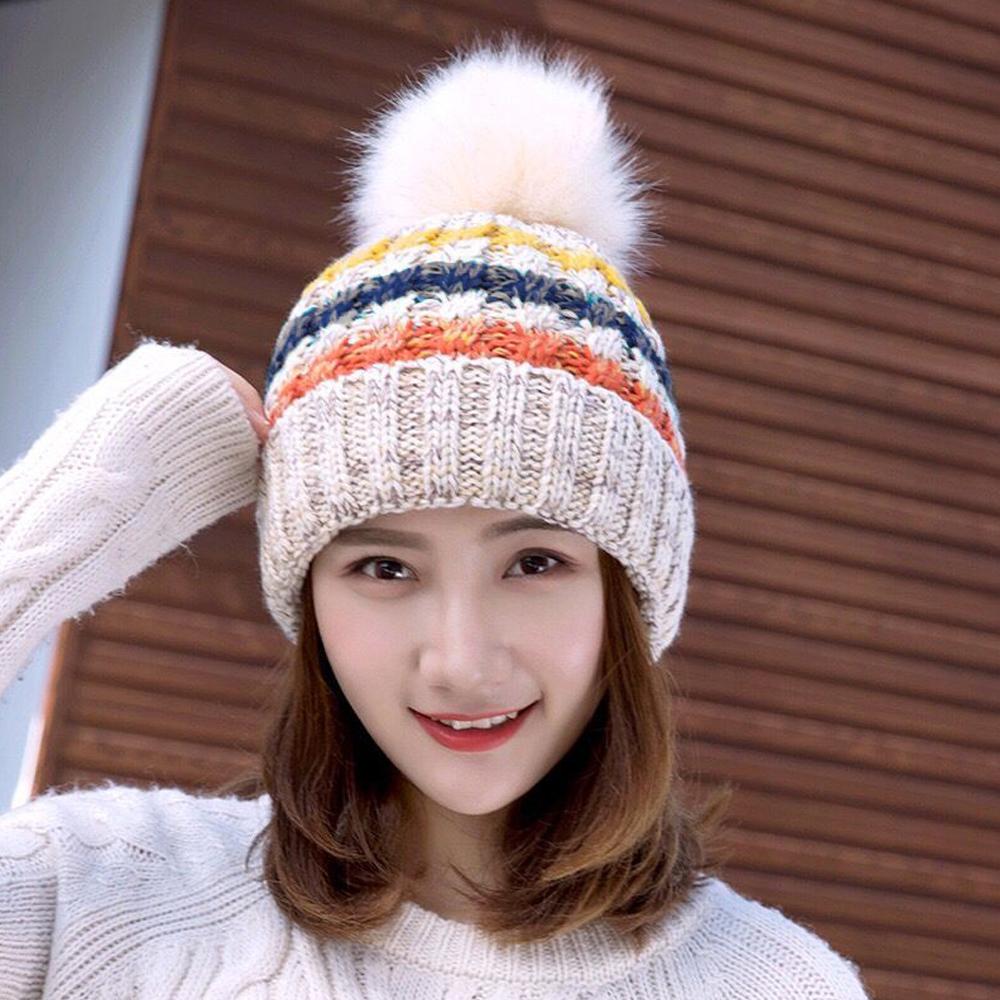 ニット帽 ボンボン レディース ふんわり 防寒 秋冬 ニットキャップ 小顔効果