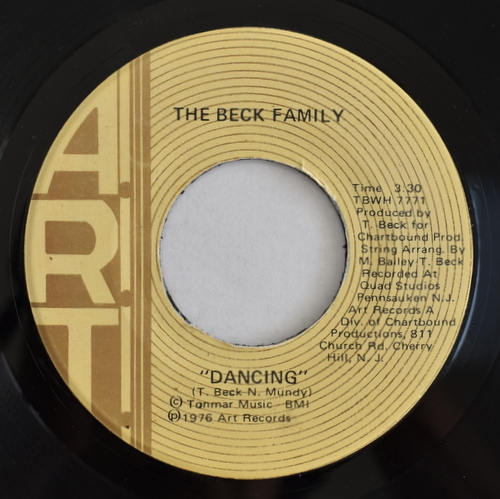 The Beck Family - Dancing / I Don't Know What You're Coming To