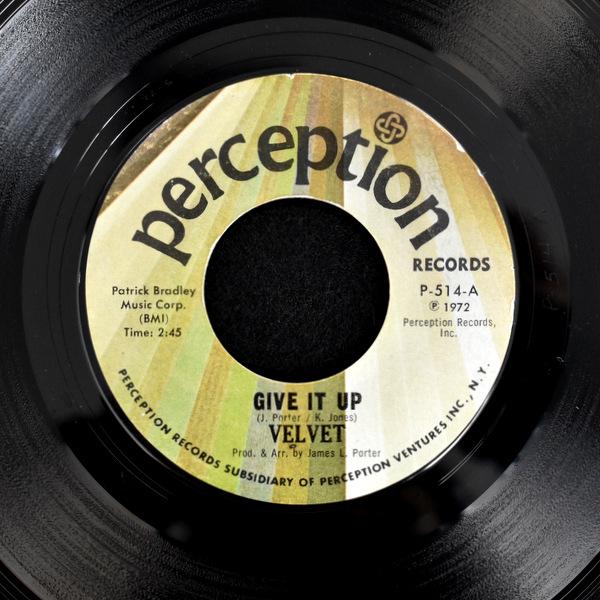 Velvet - Give It Up