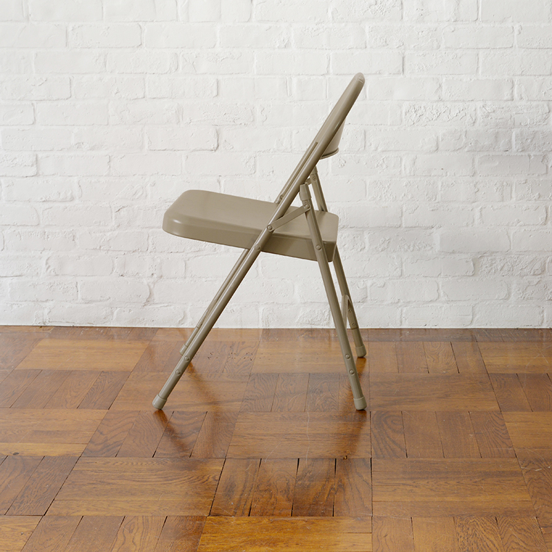 TUBULAR STEEL FOLDING CHAIR