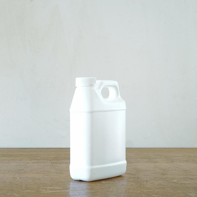 PLASTIC JAGS white
