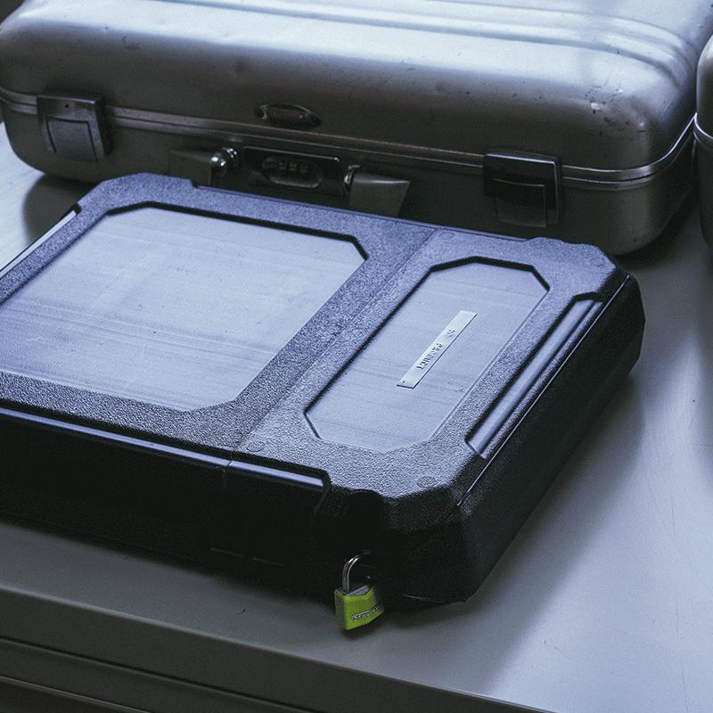 TRI-FOLD DOCU BOX