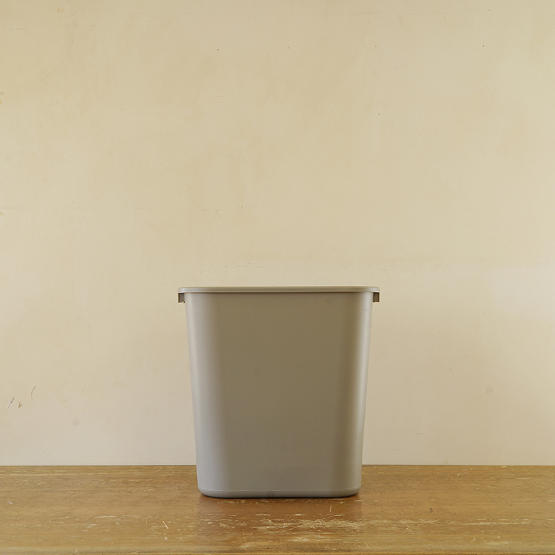 PLASTIC WASTE RECEPTACLE (S) 12.9L