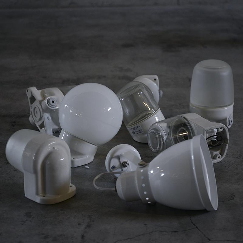 THPG Lindner PORCELAIN LAMP CEILING / FROSTED