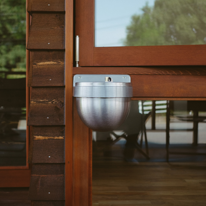 SURFACE MOUNTED WALL URN