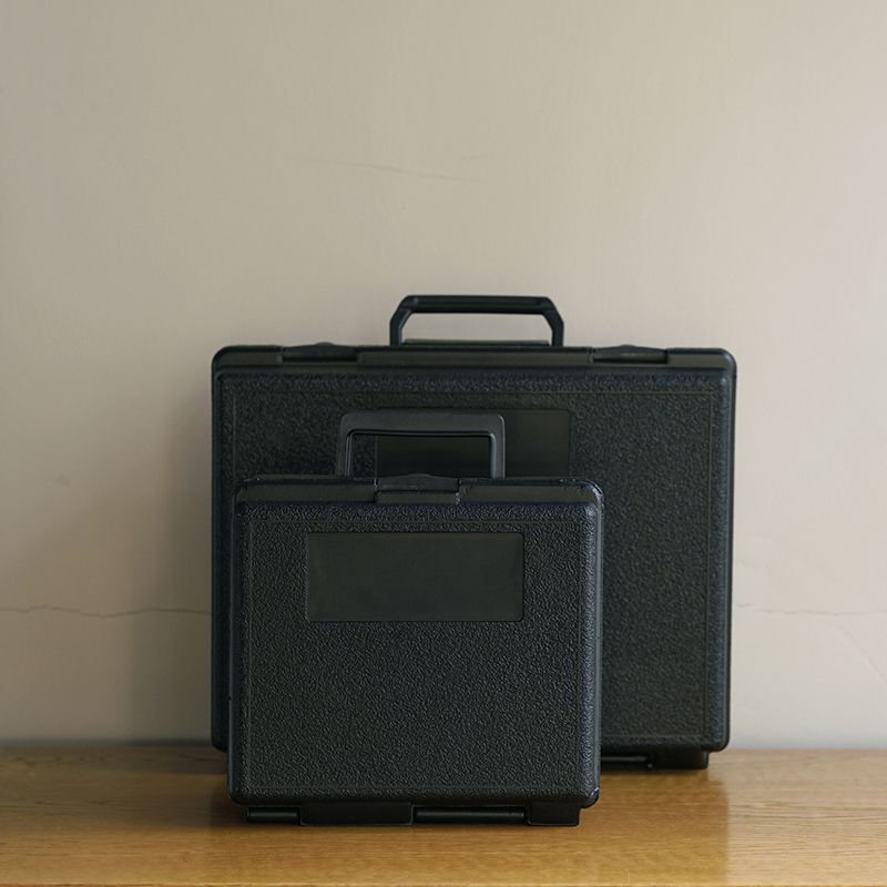 CARRYING CASES P-Series PC 3-9/16