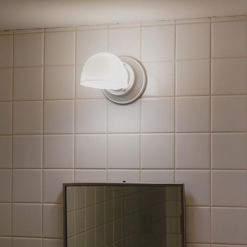MOTEL LAMP  White