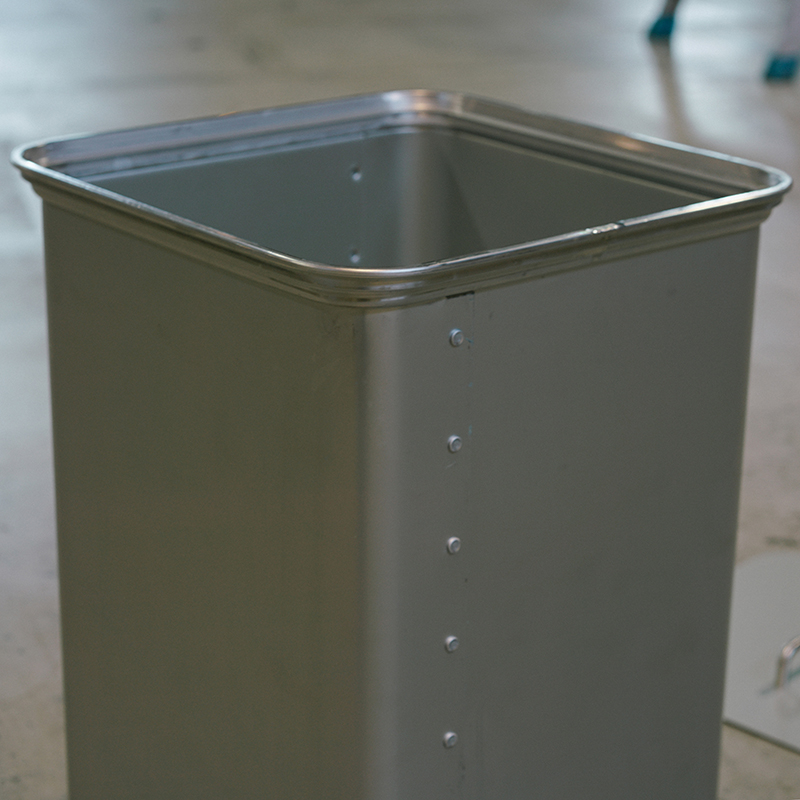 ZARGES Recycable Container with Lid 45L