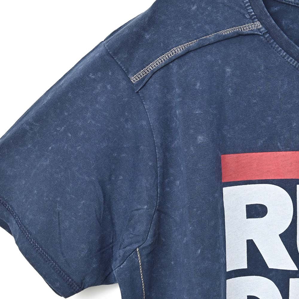 RUN DMC ランディーエムシー (結成40周年 ) - Logo / Black Label(ブランド) / Snow Wash / Tシャツ / メンズ 【公式 / オフィシャル】
