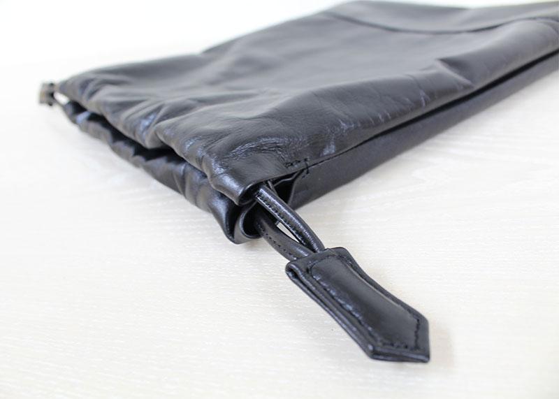 粋な男性にオススメ!軽くて丈夫な革の手提げ KIP-32 (巾着袋)(Mサイズ)(姫路レザー)