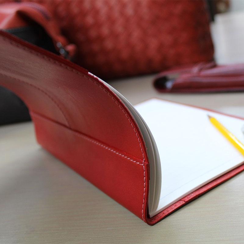 イタリアンレザーのノートカバー(A5判)とペンケースのセット