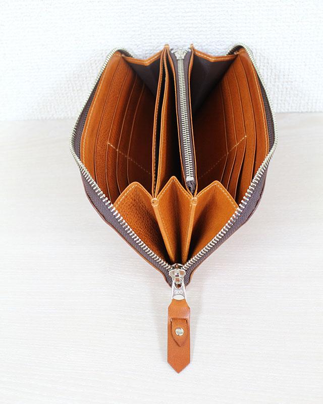 滑らかで手に馴染むラウンドファスナー長財布。 P888NL (イタリアンナッパラックス)(カード13枚収納)(小銭付)
