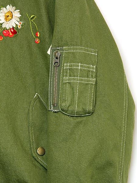 雛菊とさくらんぼ刺繍入りリバーシブルブルゾン