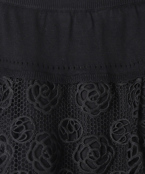 カメリア&ロゴレーススカート