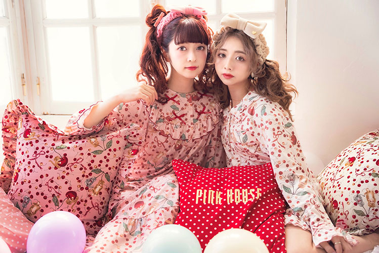 PINK HOUSE×MISAKO&ERINKOキャットチェリードロッププリントルームワンピース