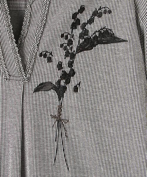 スズラン刺繍アクセントストライプチュニック