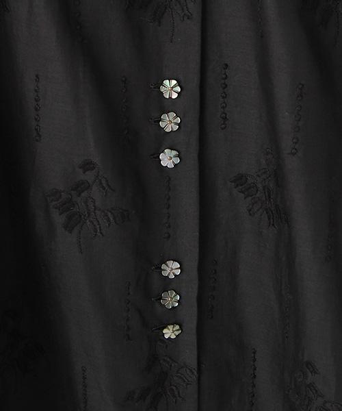 スズラン刺繍ロングワンピース