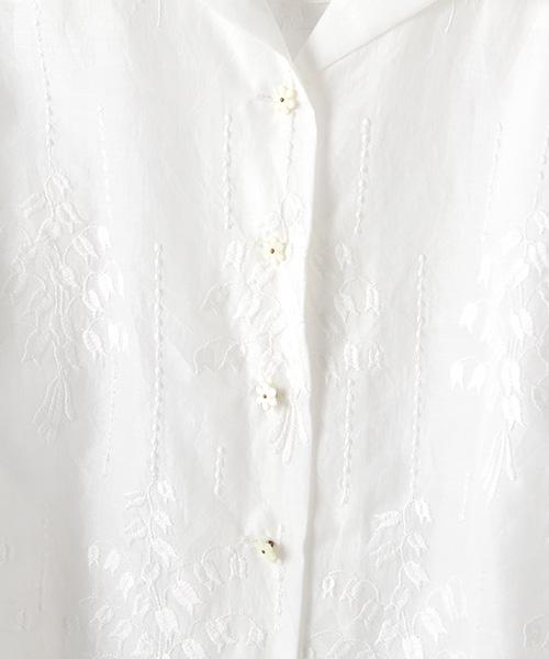 スズラン刺繍ブラウス