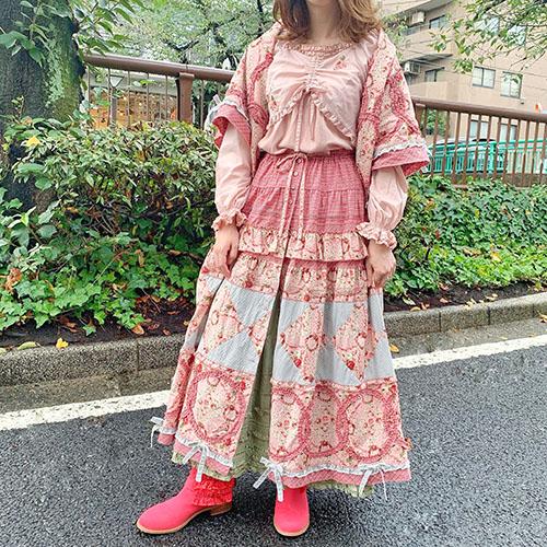 ローズ刺繍ローン×カットソー